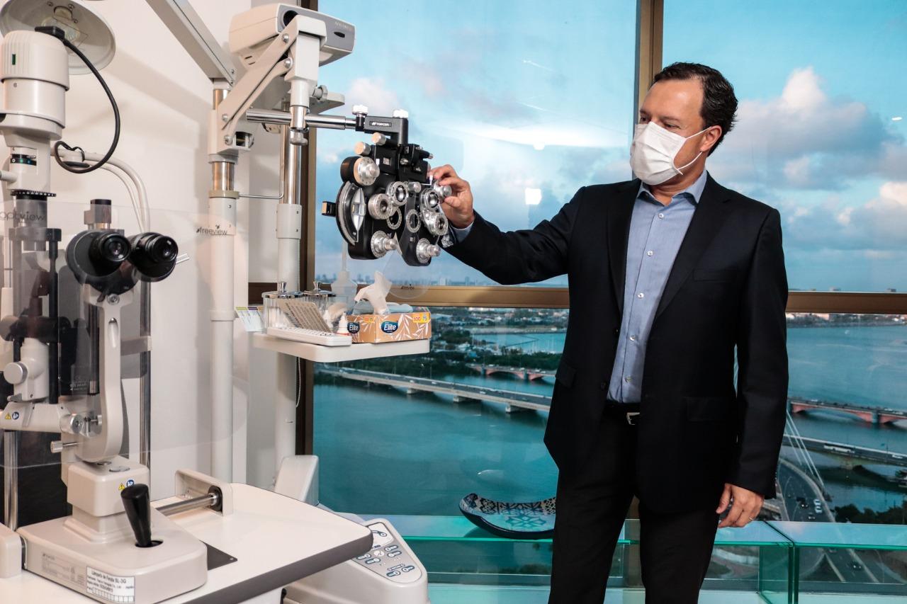 paulo-saunders-oftalmologista-do-oftalmax-hospital-de-olhos-e-grupo-opty-foto-gleyson-ramos